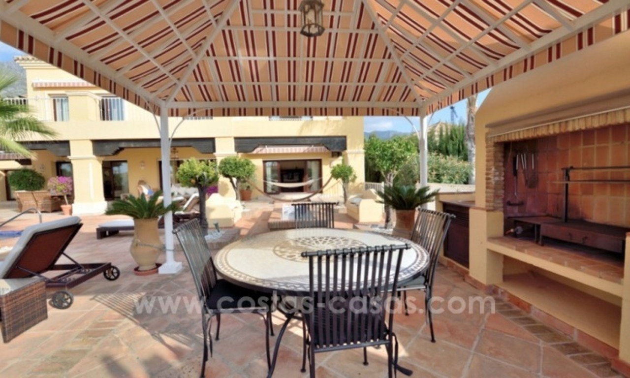 Great villa with Sea views for sale on the Golden Mile, Sierra Blanca, Marbella 7