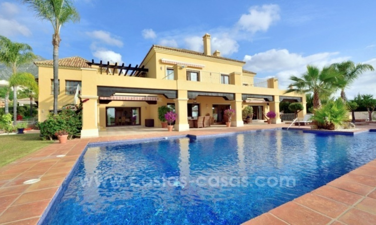 Great villa with Sea views for sale on the Golden Mile, Sierra Blanca, Marbella 1