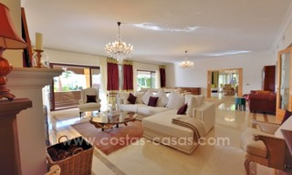 Great villa with Sea views for sale on the Golden Mile, Sierra Blanca, Marbella 8