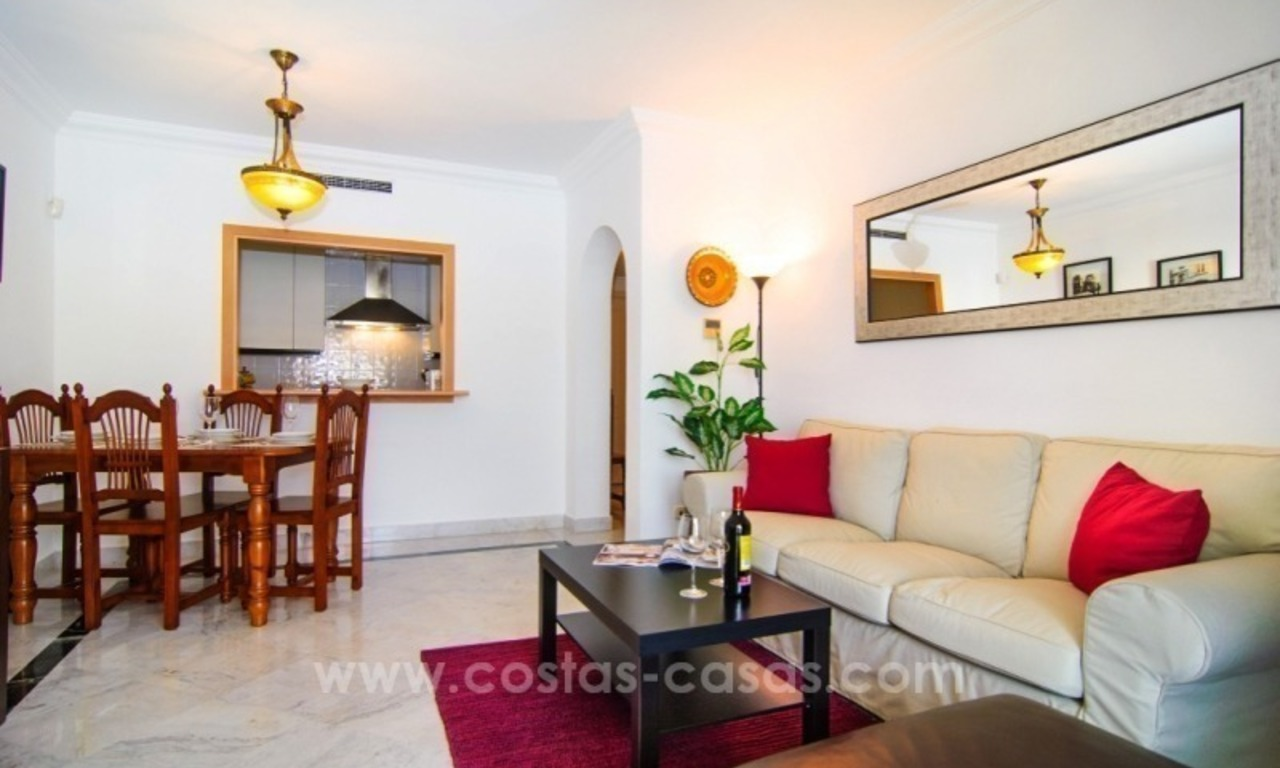 Fabulous Apartment With Sea Views for sale in Central Puerto Banus, Marbella 12