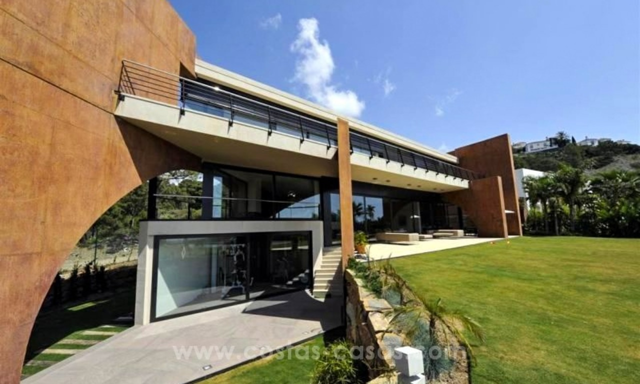 Ultra Modern Designer Villa for sale in Benahavis - Marbella 3