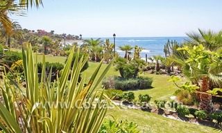 Beachfront luxury apartments for sale in Las Dunas Park, New Golden Mile, Marbella - Estepona 8