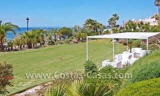 Beachfront luxury apartments for sale in Las Dunas Park, New Golden Mile, Marbella - Estepona 10