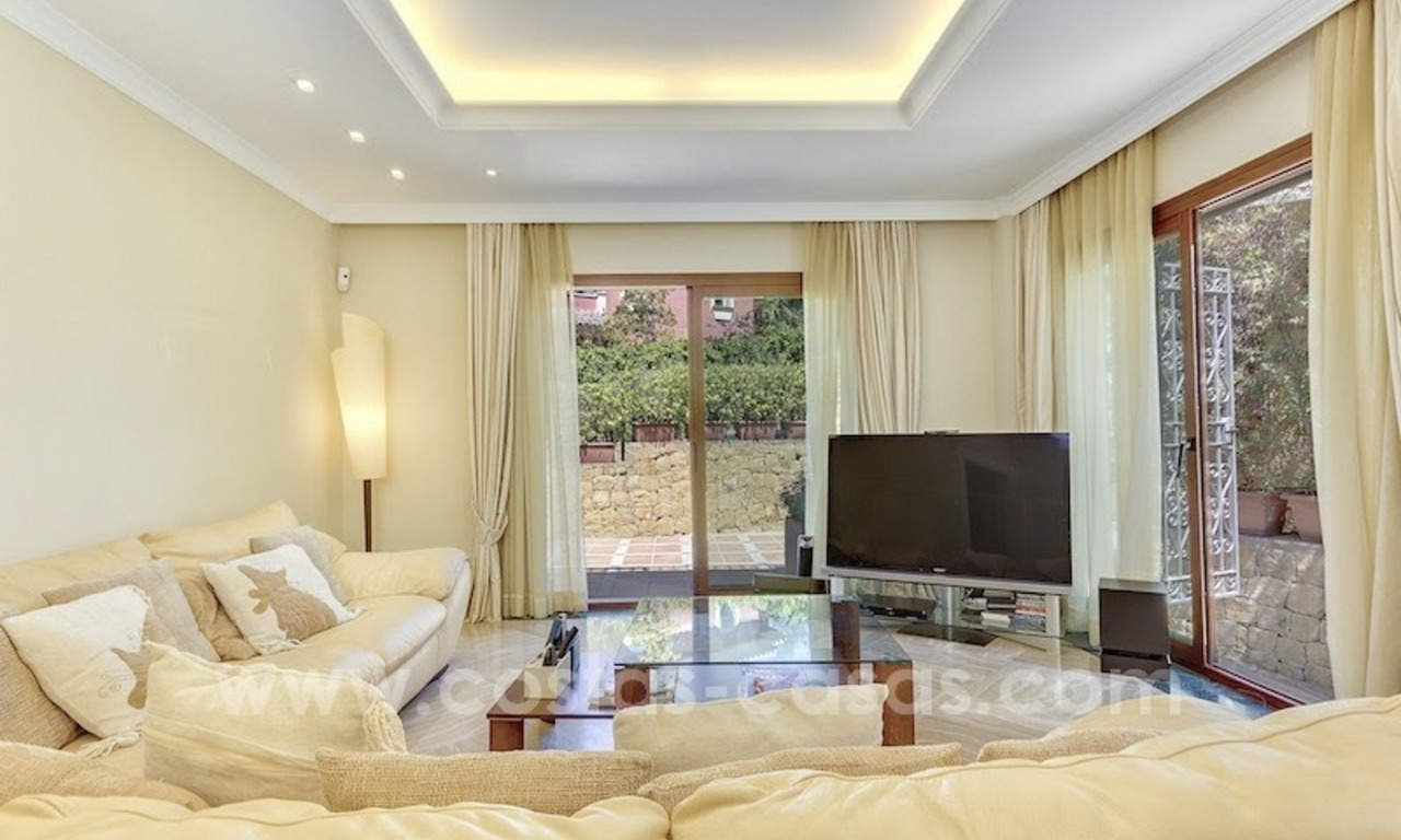 Beautiful and luxurious Villa for sale - Marbella East 11