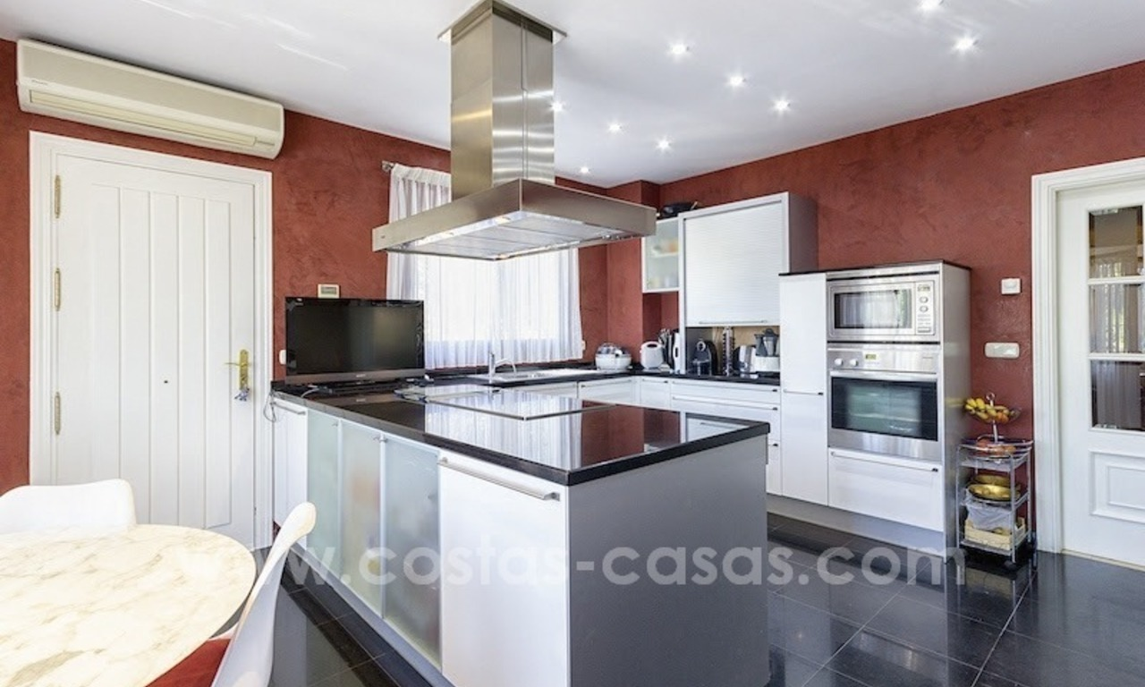 Beautiful and luxurious Villa for sale - Marbella East 13