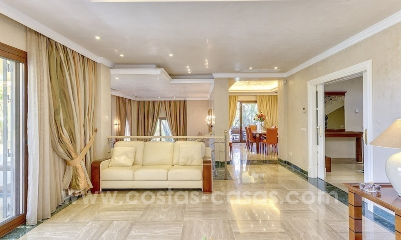Beautiful and luxurious Villa for sale - Marbella East 32