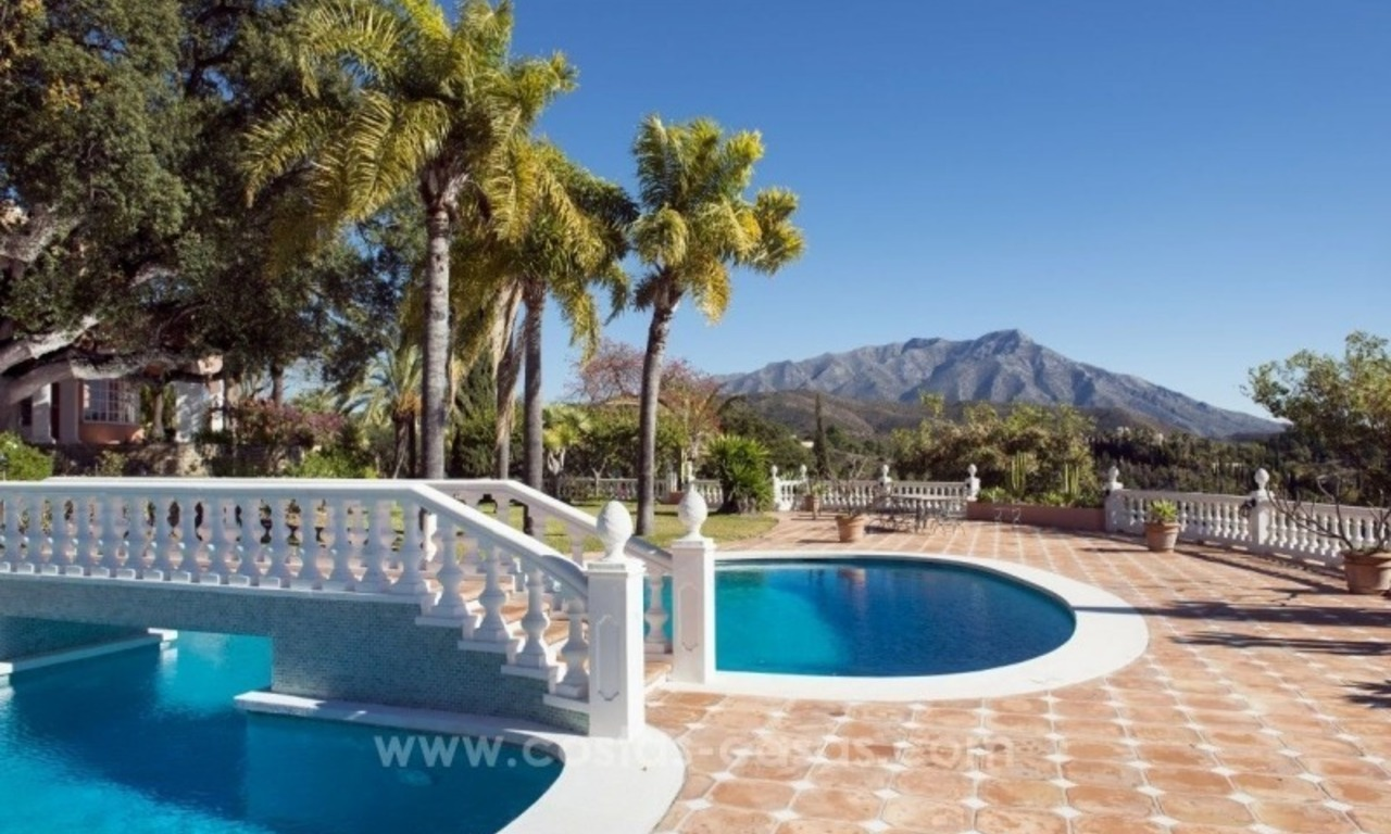 Villa for sale in Benahavis - Marbella: El Madroñal estate on a 11.000m2 flat plot with commanding views 4