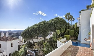 Spacious 4 bedroom penthouse apartment for sale in Benahavis - Marbella 2
