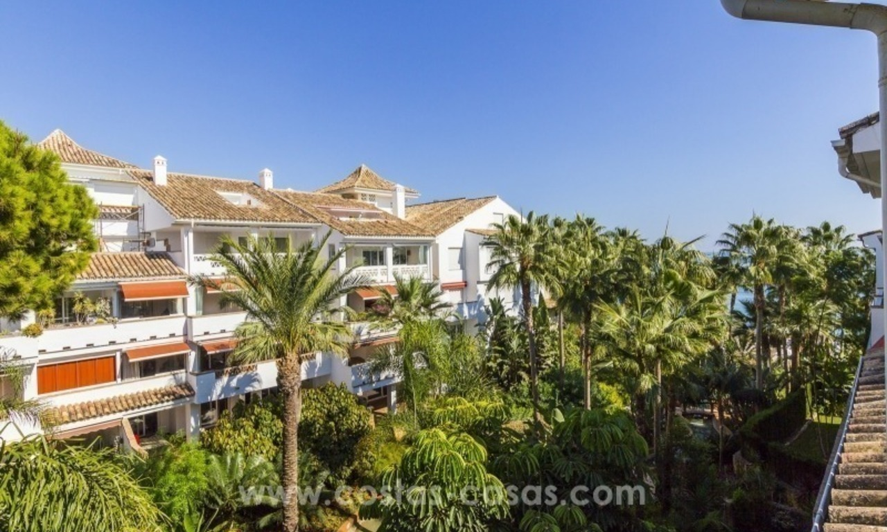 Penthouse in first line beach for sale, on the Golden Mile of Marbella 2