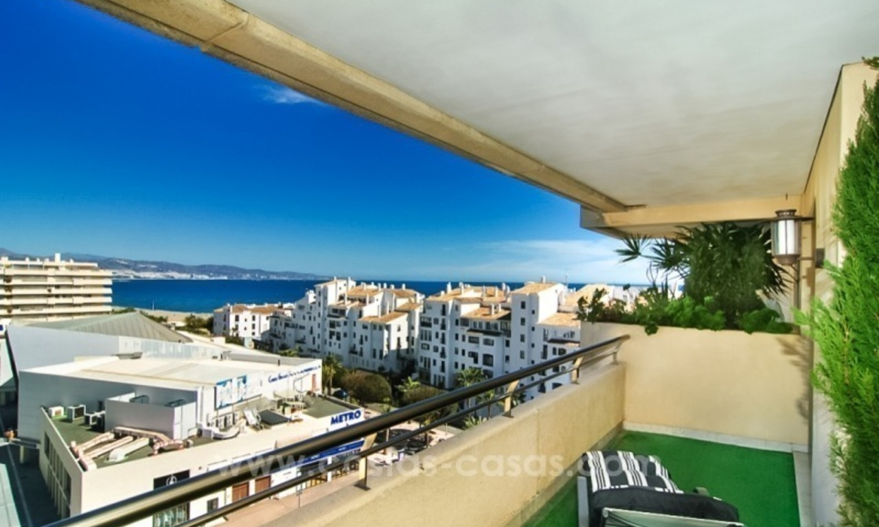 Fabulous Apartment With Sea Views for sale in Central Puerto Banus, Marbella 3