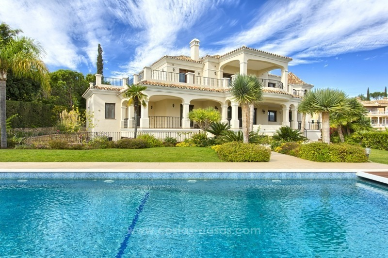 Villa with Panoramic views on the New Golden Mile, Marbella - Estepona