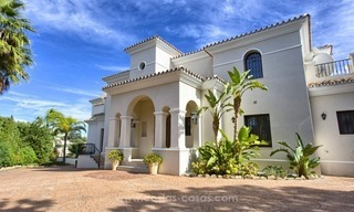 Villa with Panoramic views on the New Golden Mile, Marbella - Estepona 4