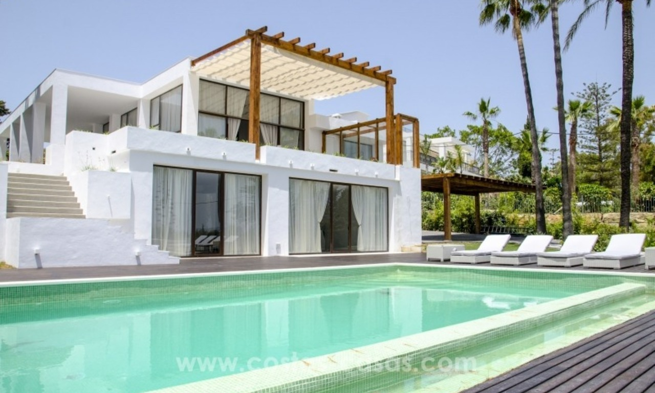 Renovated Modern villa for sale on the Golden Mile, Marbella 1