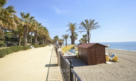 Beachside Townhouse for sale on the Golden Mile, Marbella 1