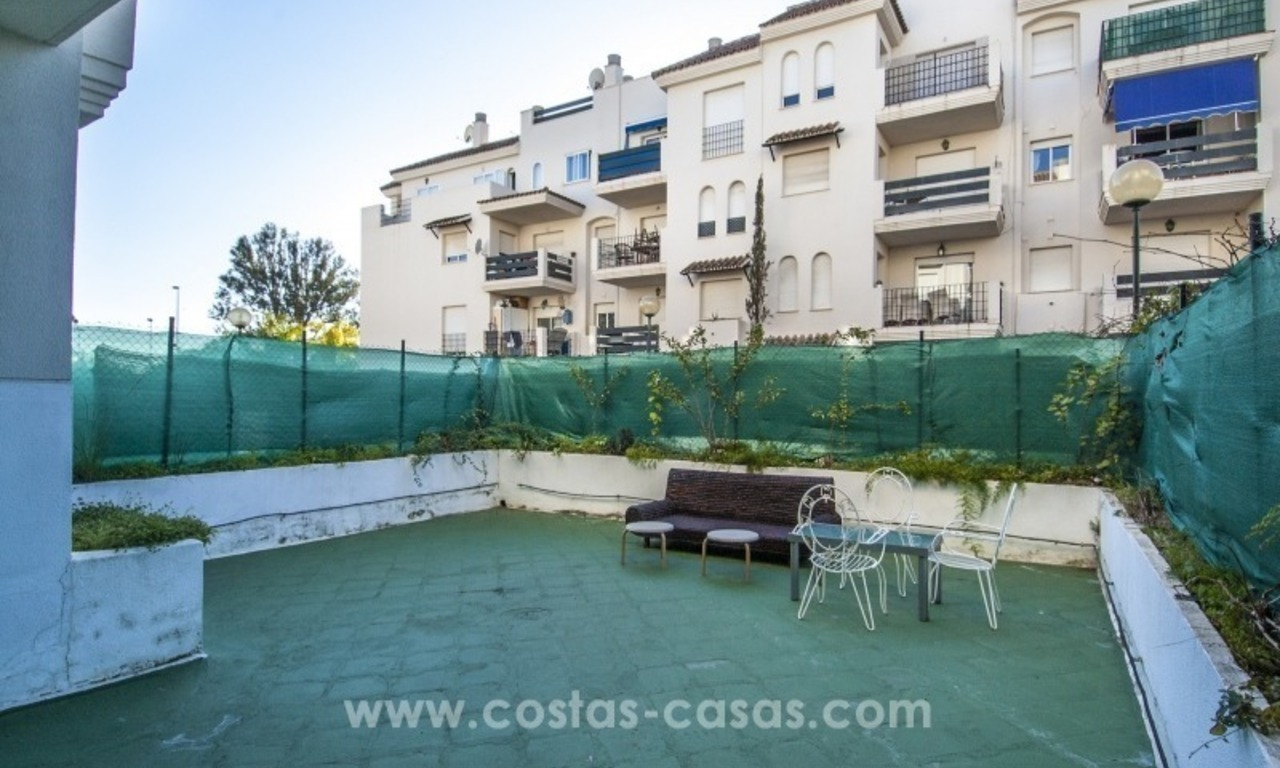 Bargain apartment for sale near Puerto Banus, Marbella 3