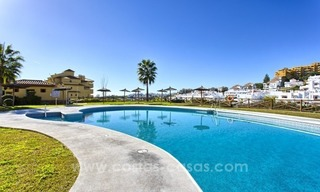 Bargain apartment for sale, New Golden Mile, Marbella - Estepona 3