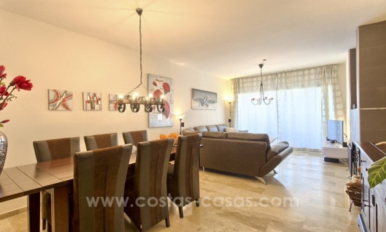 Bargain apartment for sale, New Golden Mile, Marbella - Estepona 14
