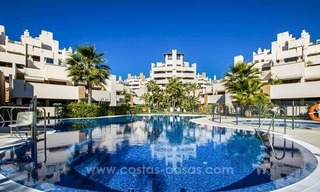 Modern Frontline Beach Penthouse apartment for sale on the New Golden Mile, Marbella - Estepona 14