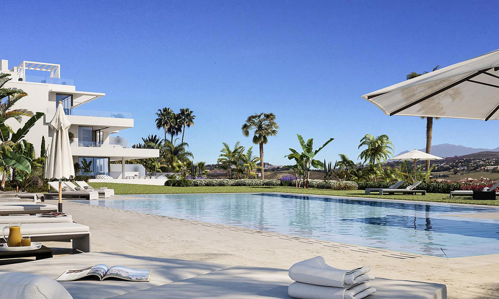 Ready to move in modern designer golf apartments for sale in luxurious grounds between Marbella and Estepona 23737