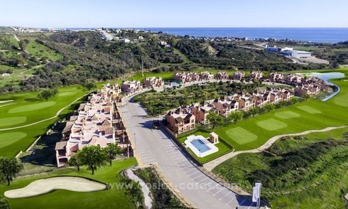 First line golf villas for sale in Estepona, Costa del Sol