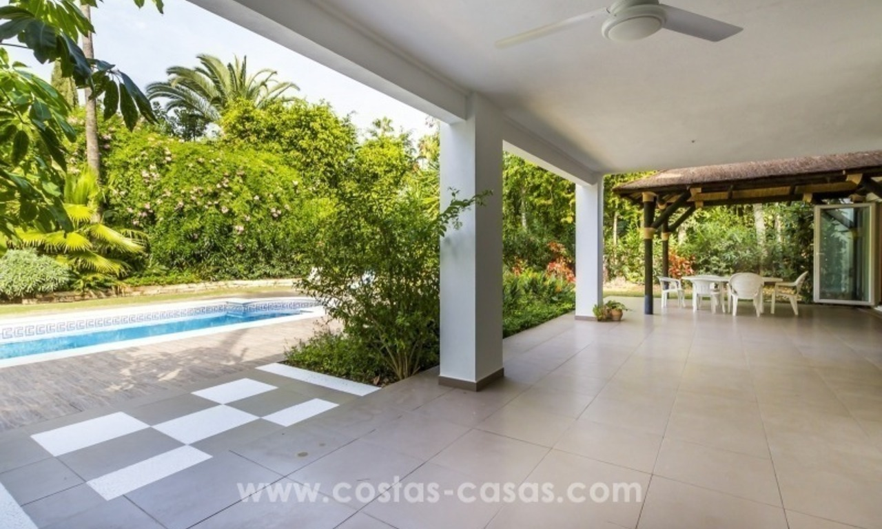 Newly renovated modern villa for sale in Nueva Andalucía, Marbella 3