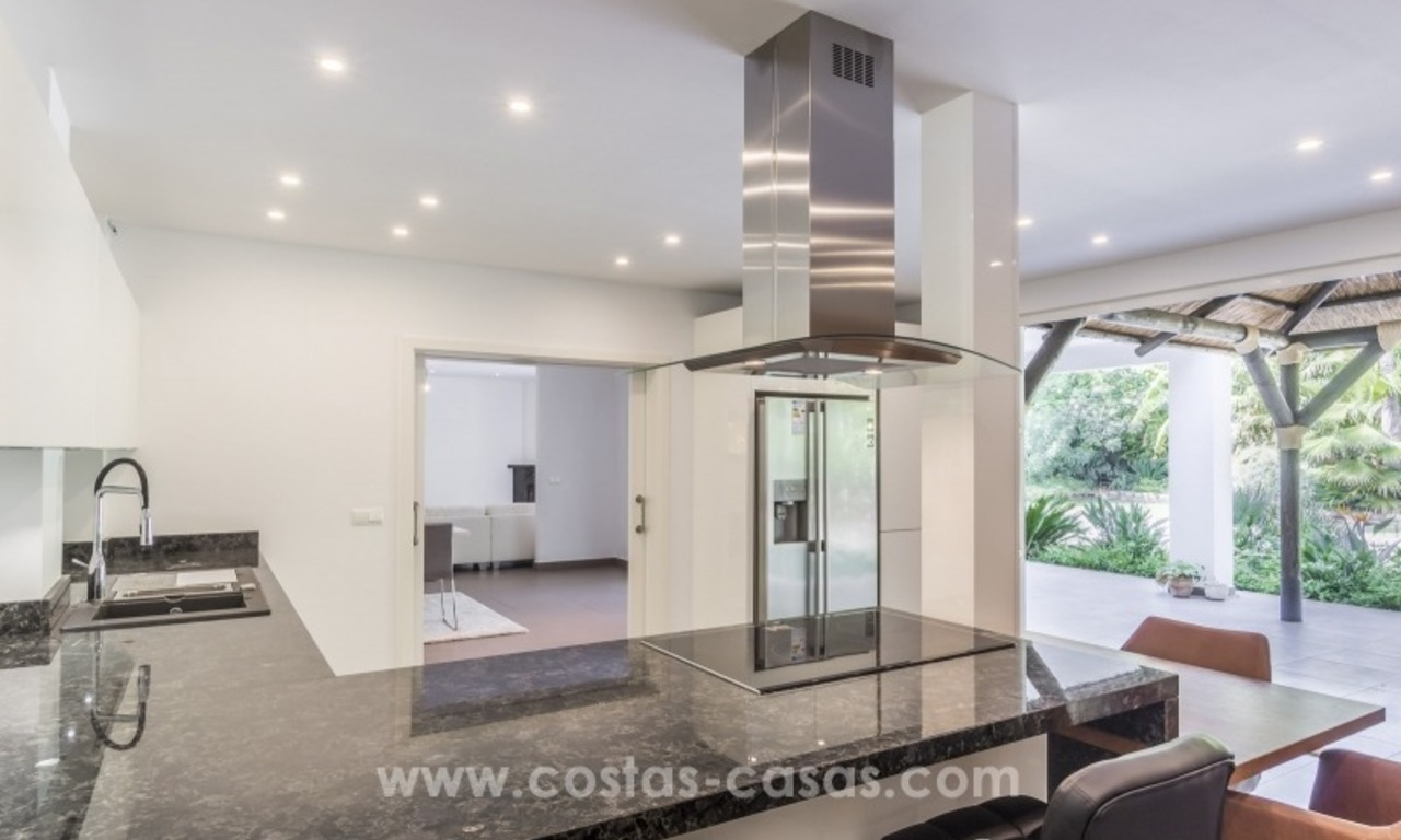 Newly renovated modern villa for sale in Nueva Andalucía, Marbella 14