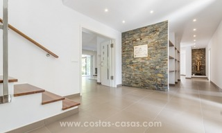Newly renovated modern villa for sale in Nueva Andalucía, Marbella 18
