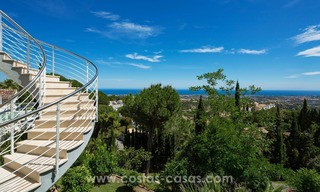 Villa for sale in Benahavis - Marbella: Exceptional Design and architecture, Exceptional Views in Exclusive El Madroñal 5
