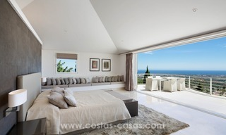 Villa for sale in Benahavis - Marbella: Exceptional Design and architecture, Exceptional Views in Exclusive El Madroñal 14