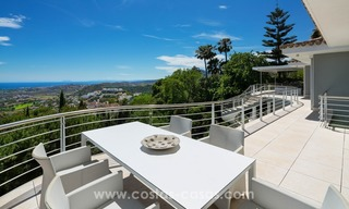 Villa for sale in Benahavis - Marbella: Exceptional Design and architecture, Exceptional Views in Exclusive El Madroñal 16