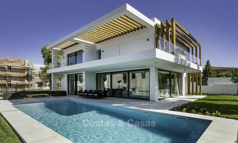 New Contemporary Villa for sale in Benahavis - Marbella, in a gated villa complex. Ready to move in. 16581