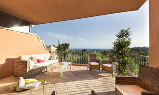 Spacious luxury apartments for sale in Benahavis - Marbella with beautiful sea views. Discount up to 44% Off 5062