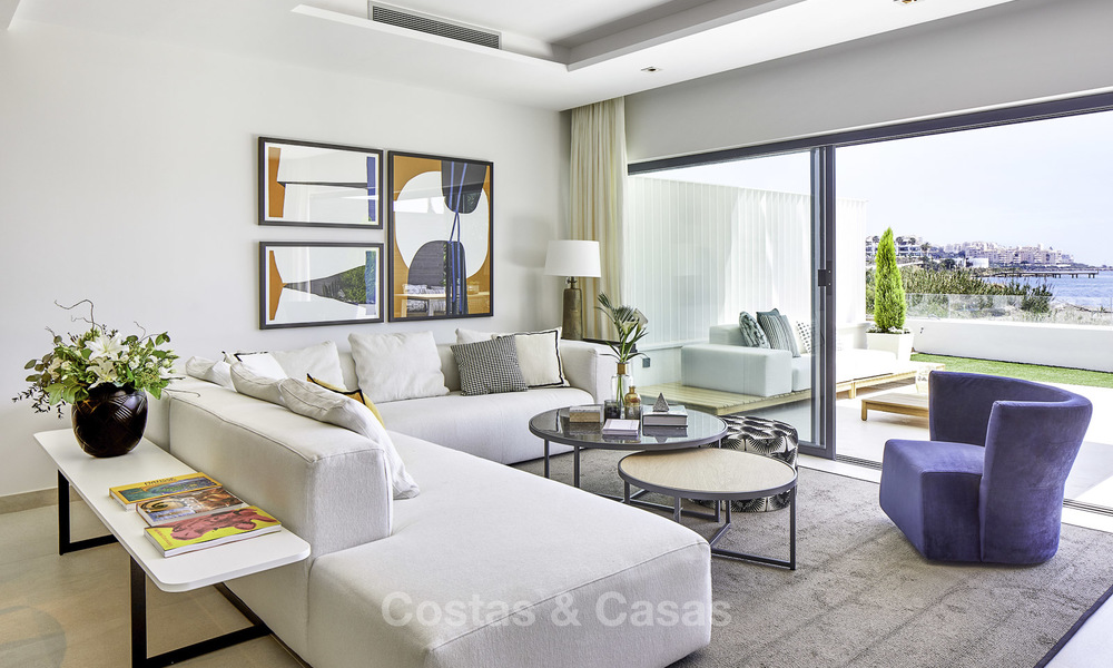 Modern new exclusive, move-in ready townhouses with sea view for sale, beachfront location, just minutes from Estepona centre 15117