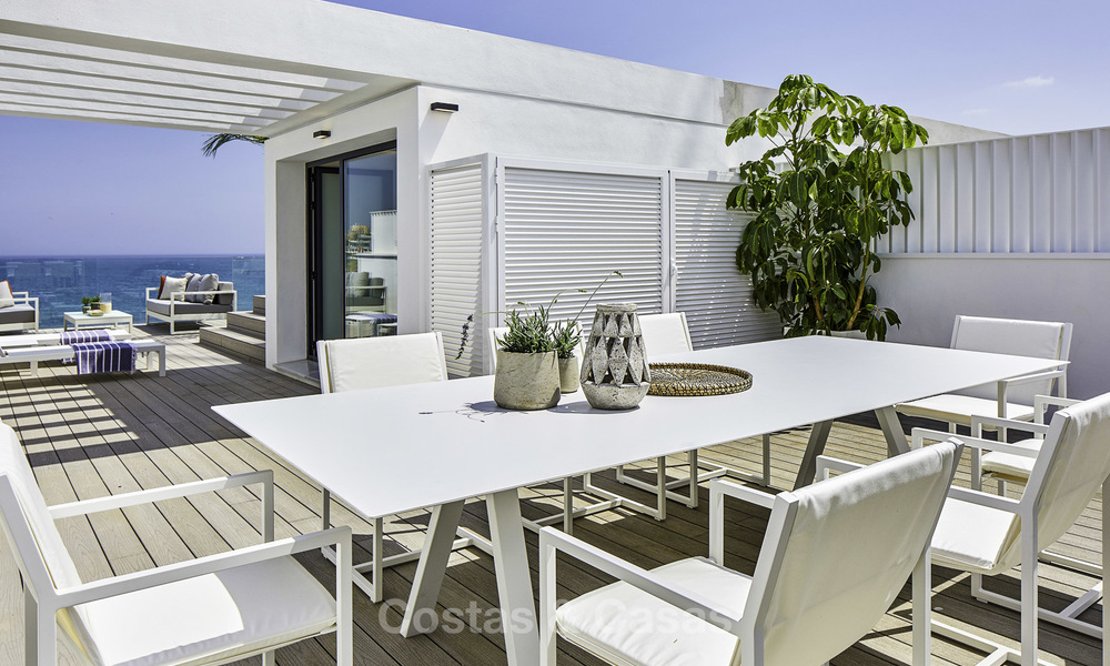 Modern new exclusive, move-in ready townhouses with sea view for sale, beachfront location, just minutes from Estepona centre 15125