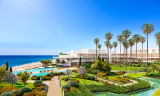Spectacular modern luxury frontline beach apartments for sale in Estepona, Costa del Sol 3844