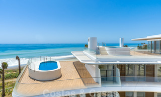 Spectacular modern luxury frontline beach apartments for sale in Estepona, Costa del Sol. Ready to move in. 27762