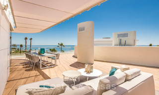 Spectacular modern luxury frontline beach apartments for sale in Estepona, Costa del Sol. Ready to move in. 27767