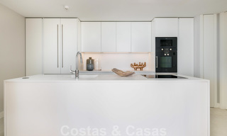 Spectacular modern luxury frontline beach apartments for sale in Estepona, Costa del Sol. Ready to move in. 27815