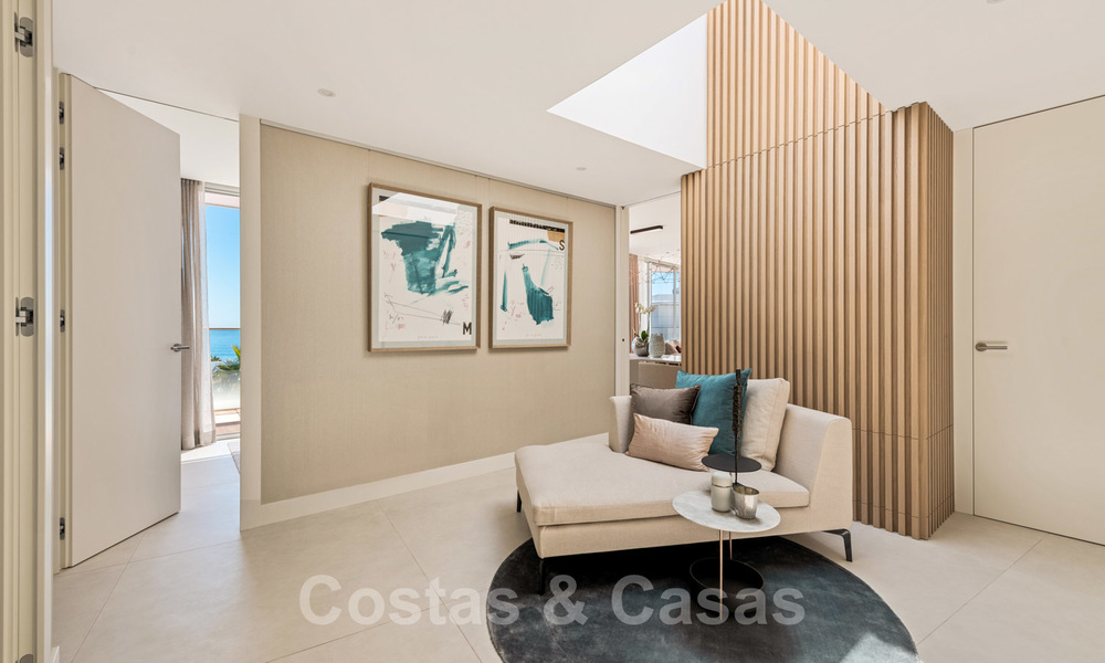 Spectacular modern luxury frontline beach apartments for sale in Estepona, Costa del Sol. Ready to move in. 27819