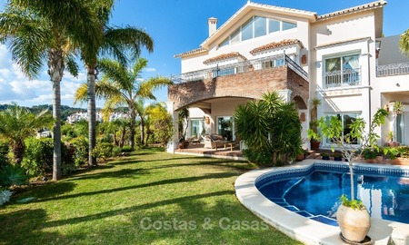 Elegant, south facing frontline golf villa for sale, located in Benahavis - Marbella with sea views 618