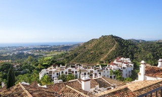 South facing detached House for sale with panoramic sea and golf views on Golf resort in Marbella - Benahavis 956