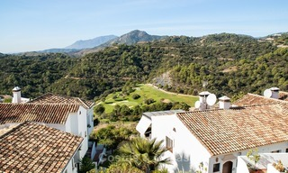 South facing detached House for sale with panoramic sea and golf views on Golf resort in Marbella - Benahavis 964