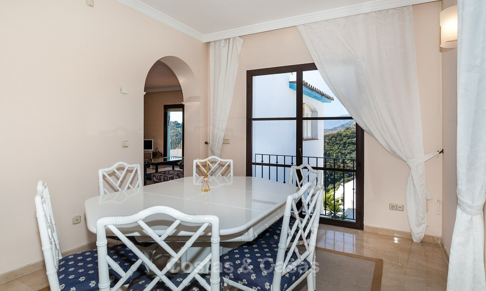 South facing detached House for sale with panoramic sea and golf views on Golf resort in Marbella - Benahavis 971