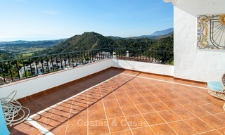 South facing detached House for sale with panoramic sea and golf views on Golf resort in Marbella - Benahavis 972