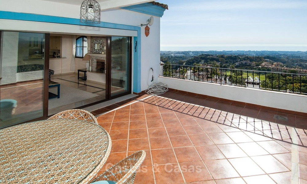 South facing detached House for sale with panoramic sea and golf views on Golf resort in Marbella - Benahavis 974