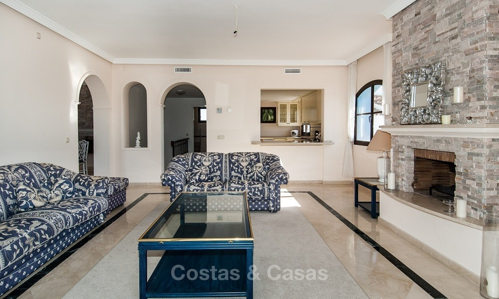 South facing detached House for sale with panoramic sea and golf views on Golf resort in Marbella - Benahavis 975
