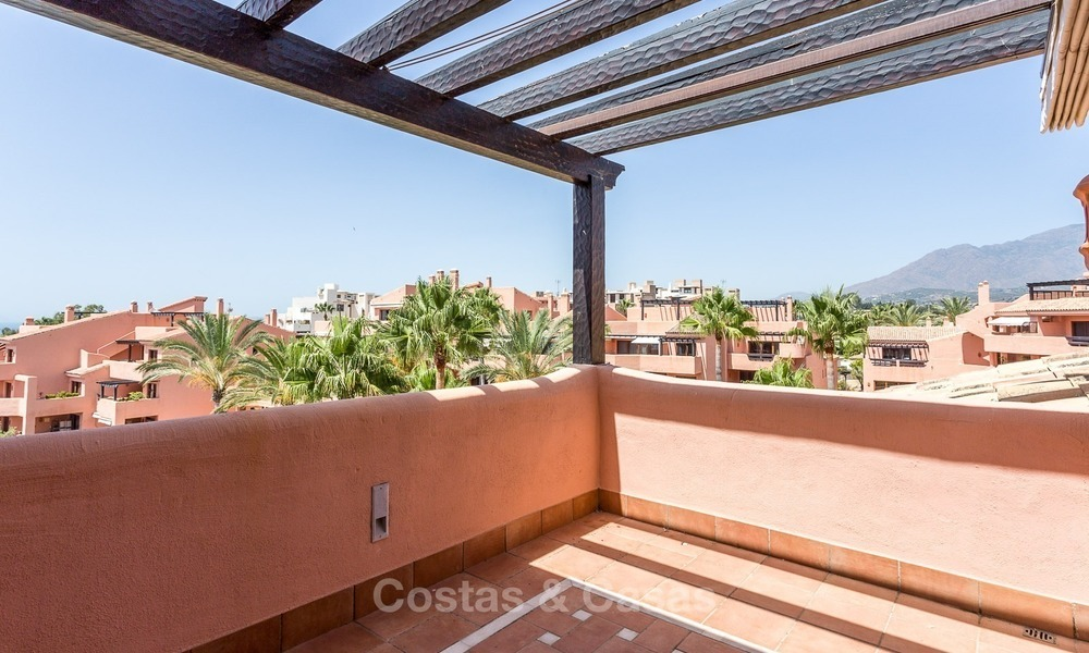 First line beach penthouse apartment for sale on the New Golden Mile between Marbella and Estepona 994
