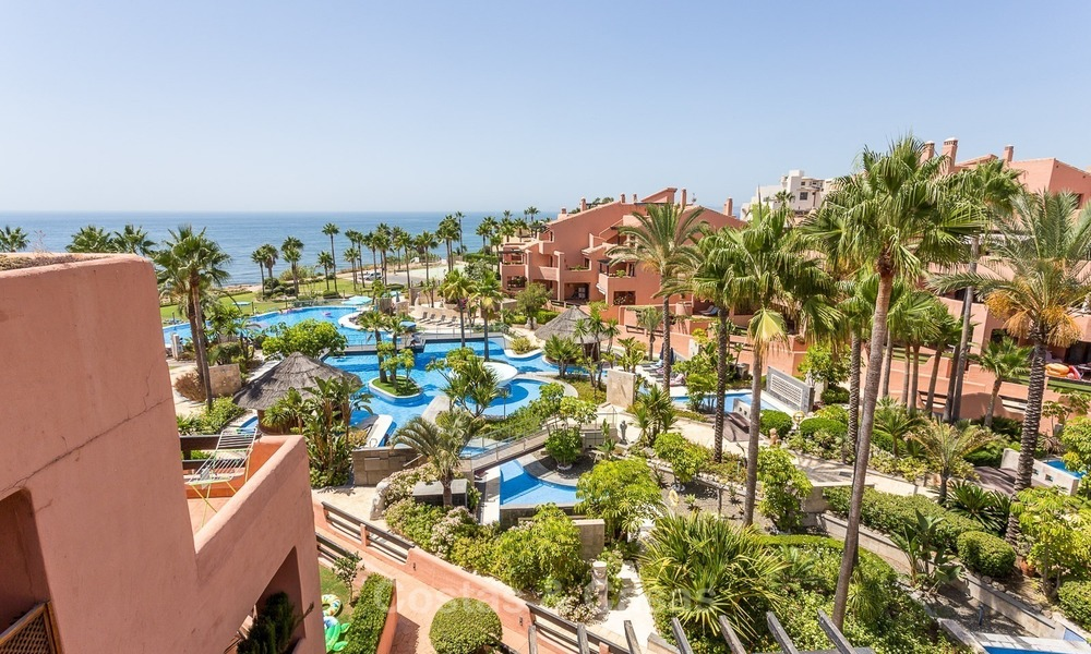 First line beach penthouse apartment for sale on the New Golden Mile between Marbella and Estepona 995