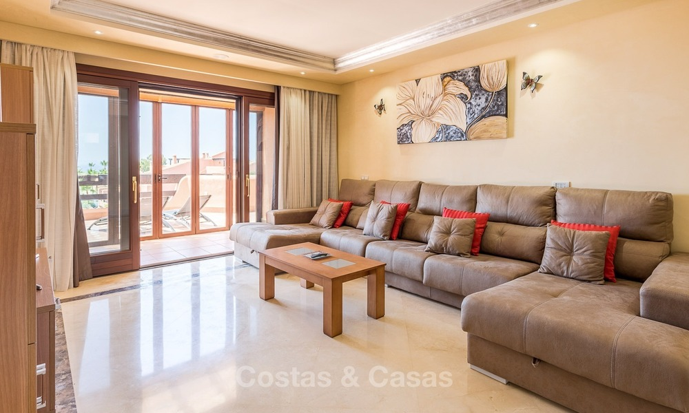 First line beach penthouse apartment for sale on the New Golden Mile between Marbella and Estepona 1005