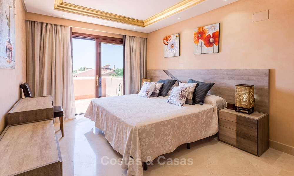 First line beach penthouse apartment for sale on the New Golden Mile between Marbella and Estepona 1007